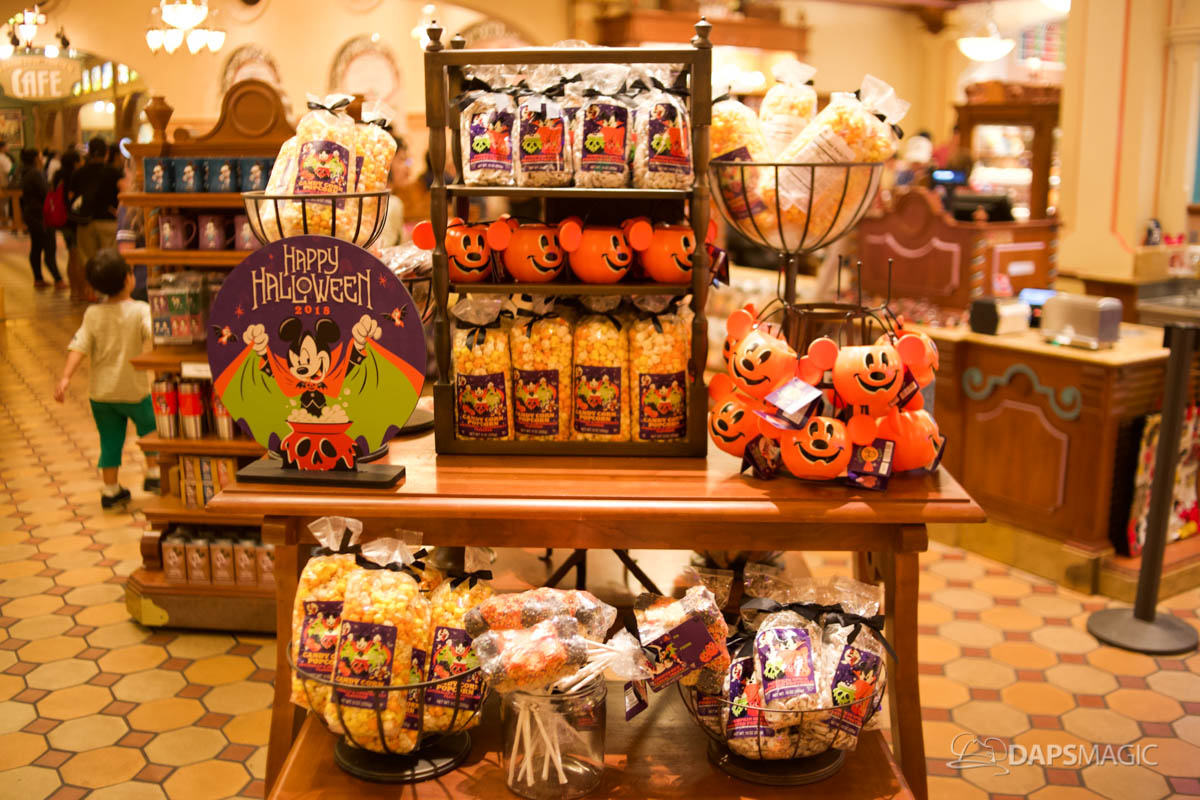 2018 halloween merchandise at the disneyland resort 27