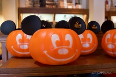 2018 Halloween Merchandise at the Disneyland Resort-8