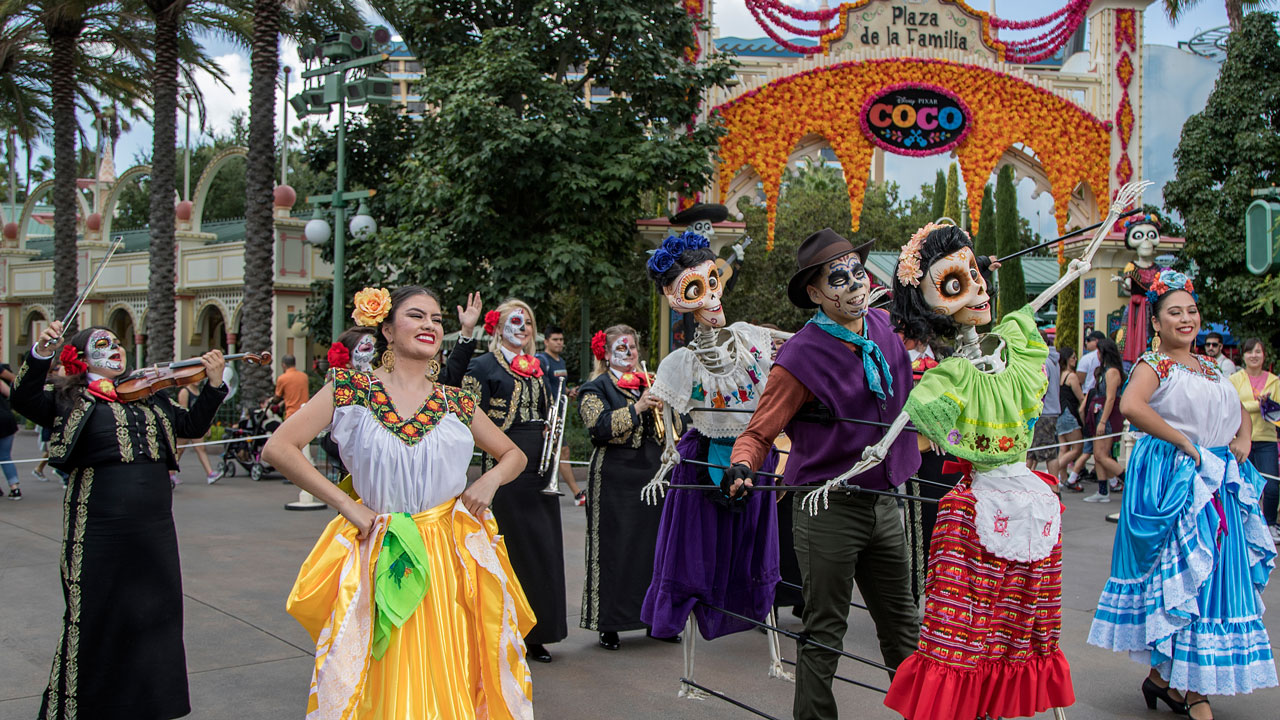 Disneyland Resort to Celebrate Spirit of Día de los Muertos This Fall in Both Parks