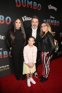 """LOS ANGELES, CA - MARCH 11: (L-R) Izabel Araujo, Joey Fatone, Kloey Alexandra Fatone and Briahna Joely Fatone attend the World Premiere of Disney's """"Dumbo"""" at the El Capitan Theatre on March 11, 2019 in Los Angeles, California. (Photo by Jesse Grant/Getty Images for Disney) *** Local Caption *** Briahna Joely Fatone; Izabel Araujo; Joey Fatone; Kloey Alexandra Fatone"""