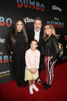 "LOS ANGELES, CA - MARCH 11: (L-R) Izabel Araujo, Joey Fatone, Kloey Alexandra Fatone and Briahna Joely Fatone attend the World Premiere of Disney's ""Dumbo"" at the El Capitan Theatre on March 11, 2019 in Los Angeles, California. (Photo by Jesse Grant/Getty Images for Disney) *** Local Caption *** Briahna Joely Fatone; Izabel Araujo; Joey Fatone; Kloey Alexandra Fatone"