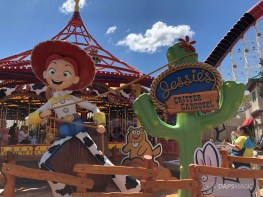 Jessie's Critter Carousel - Disney California Adventure