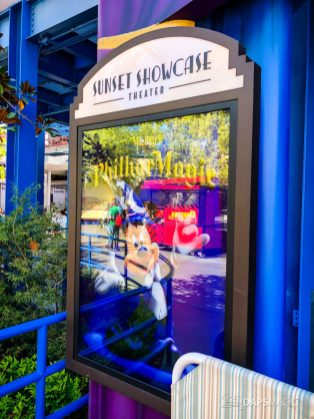 Mickey's Philharmagic Signs at Disney California Adventure-2