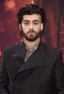 """LOS ANGELES, CA - MAY 21: ZAYN attends the World Premiere of Disney's """"Aladdin"""" at the El Capitan Theater in Hollywood CA on May 21, 2019, in the culmination of the film's Magic Carpet World Tour with stops in Paris, London, Berlin, Tokyo, Mexico City and Amman, Jordan. (Photo by Alberto E. Rodriguez/Getty Images for Disney) *** Local Caption *** ZAYN"""