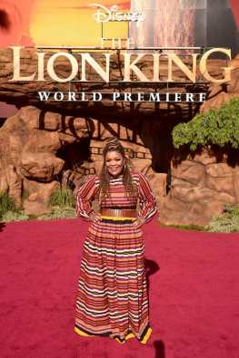 "HOLLYWOOD, CALIFORNIA - JULY 09: Yvette Nicole Brown attends the World Premiere of Disney's ""THE LION KING"" at the Dolby Theatre on July 09, 2019 in Hollywood, California. (Photo by Alberto E. Rodriguez/Getty Images for Disney)"
