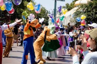 Disneyland 64th Birthday Cavalcade-26