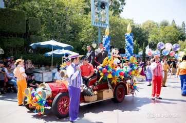 Disneyland 64th Birthday Cavalcade-29