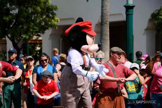 Final Performance Red Car Trolley News Boys at Disney California Adventure-12