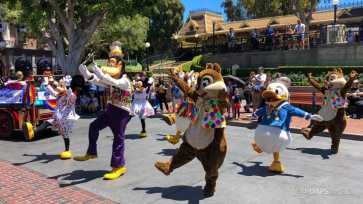 First Performance- Mickey and Friends Band-Tastic Cavalcade at Disneyland-19