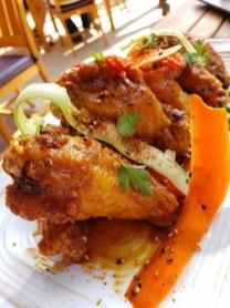 GCH Craftsman Bar & Grill Garlic-Soy-Glazed Chicken Wings_01