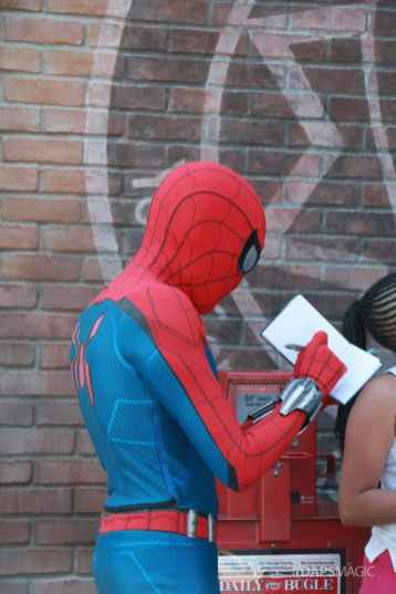 Spider-Man With New Suit at Disney California Adventure-3