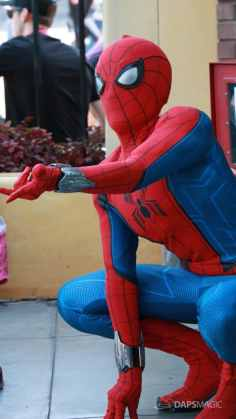 Spider-Man With New Suit at Disney California Adventure-7