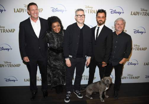 "NEW YORK, NEW YORK - OCTOBER 22: (L-R) Kevin A. Mayer, Yvette Nicole Brown, Charlie Bean, Justin Theroux and Brigham Taylor attend as Cinema Society hosts a special screening of Disney+'s ""Lady And The Tramp"" at iPic Theater on October 22, 2019 in New York City. (Photo by Dimitrios Kambouris/Getty Images for Disney+)"