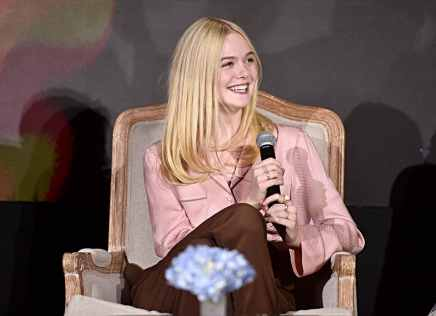 """BEVERLY HILLS, CALIFORNIA - SEPTEMBER 30: Actor Elle Fanning participates in the global press conference for """"Disney's Maleficent: Mistress of Evil"""" on September 30, 2019 in Beverly Hills, California. (Photo by Alberto E. Rodriguez/Getty Images for Disney)"""