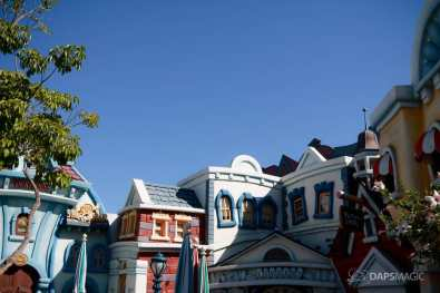 Mickeys Toontown Without Hills at Disneyland-2