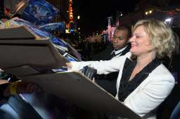 """HOLLYWOOD, CALIFORNIA - NOVEMBER 07: Actress Martha Plimpton attends the world premiere of Disney's """"Frozen 2"""" at Hollywood's Dolby Theatre on Thursday, November 7, 2019 in Hollywood, California. (Photo by Charley Gallay/Getty Images for Disney)"""