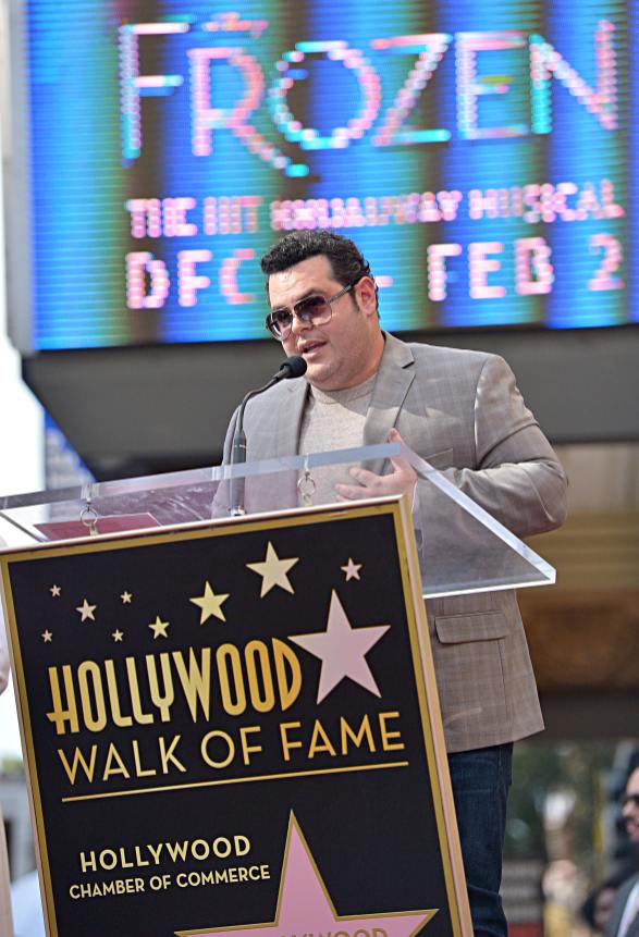 LOS ANGELES, CALIFORNIA - NOVEMBER 19: Josh Gad attends the double Walk of Fame ceremony in Hollywood, Calif., where Kristen Bell and Idina Menzel from Disney's FROZEN 2 were each presented with a star on the Hollywood Walk of Fame on November 19, 2020. (Photo by Charley Gallay/Getty Images for Disney )