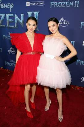 "HOLLYWOOD, CALIFORNIA - NOVEMBER 07: (L-R) Veronica Merrell and Vanessa Merrell attend the world premiere of Disney's ""Frozen 2"" at Hollywood's Dolby Theatre on Thursday, November 7, 2019 in Hollywood, California. (Photo by Jesse Grant/Getty Images for Disney)"