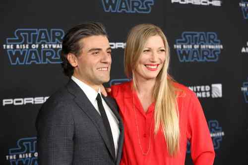"HOLLYWOOD, CALIFORNIA - DECEMBER 16: Oscar Isaac and Elvira Lind arrive for the World Premiere of ""Star Wars: The Rise of Skywalker"", the highly anticipated conclusion of the Skywalker saga on December 16, 2019 in Hollywood, California. (Photo by Jesse Grant/Getty Images for Disney)"