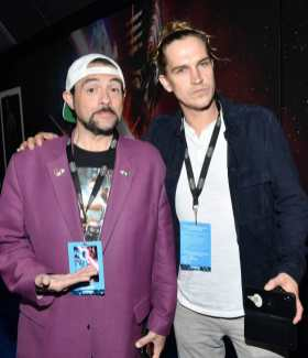 "HOLLYWOOD, CALIFORNIA - DECEMBER 16: (L-R) Kevin Smith and Jason Mewes arrive for the World Premiere of ""Star Wars: The Rise of Skywalker"", the highly anticipated conclusion of the Skywalker saga on December 16, 2019 in Hollywood, California. (Photo by Amy Sussman/Getty Images for Disney)"