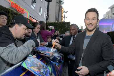HOLLYWOOD, CALIFORNIA - FEBRUARY 18: Chris Pratt signs autographs at the world premiere of Disney and Pixar's ONWARD at the El Capitan Theatre on February 18, 2020 in Hollywood, California. (Photo by Charley Gallay/Getty Images for Disney)