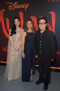 HOLLYWOOD, CALIFORNIA - MARCH 09: (L-R) Yifei Liu, Director Niki Caro, and Jet Li attend the World Premiere of Disney's 'MULAN' at the Dolby Theatre on March 09, 2020 in Hollywood, California. (Photo by Charley Gallay/Getty Images for Disney)
