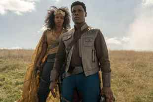 Naomi Ackie is Jannah and John Boyega is Finn in STAR WARS: THE RISE OF SKYWALKER.