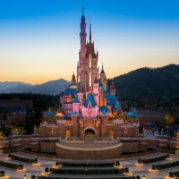 Photos: A Comprehensive Look at Hong Kong Disneyland's Castle of Magical Dreams