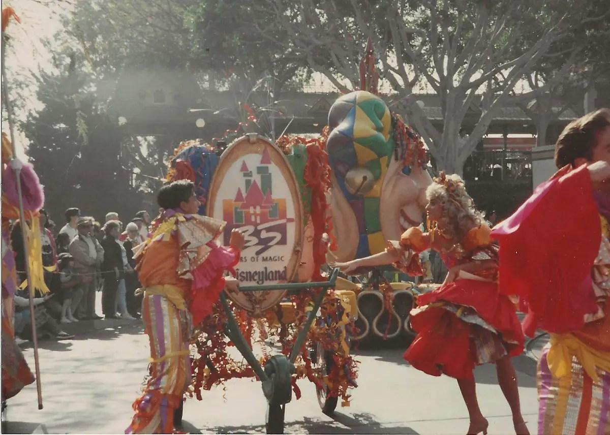 Anciennes Parades des Resorts Américains 30_11_101