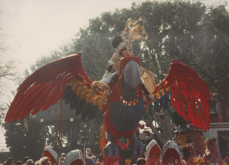In addition to her larger-than-life appearance, Minnie herself rode aboard a colorful parrot in the parade.