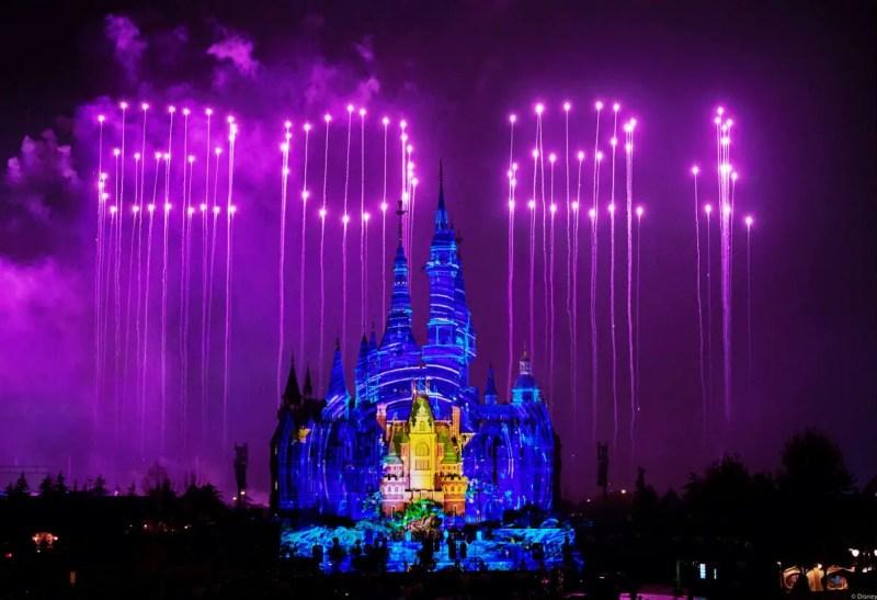 Shanghai Disneyland - Ignite the New Year Fireworks