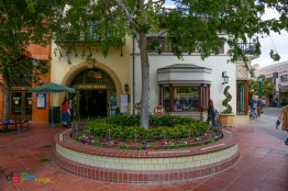 The entrance to Trolley Treats was one of the few places without a line as I left Buena Vista Street