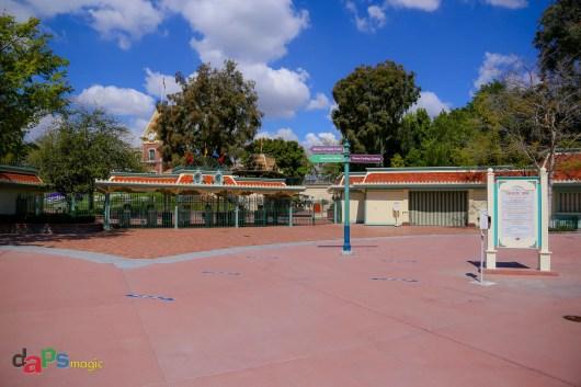 Disneyland's main gate area
