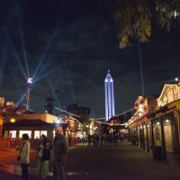 Why is Knott's Berry Farm a Great Value for a Theme Park?