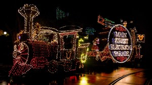 Main Street Electrical Parade - Featured Image