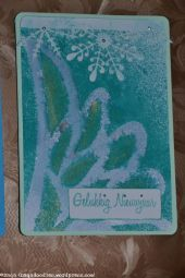 Also with dylusions ink spary, although that bled more underneath the stencil, more ink coming out when spraying.