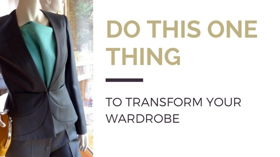 Blog title next to image of grey blazer with turquoise blouse on mannequin