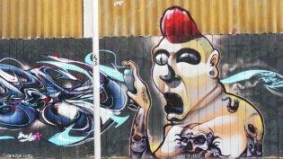 Santiago: amazing technique in this graffiti