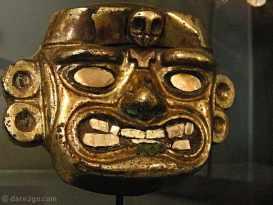 """friendly"" gold mask (forgot to take description)"