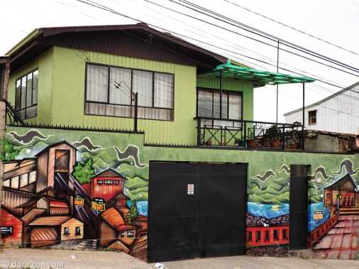 Valparaiso StreetArt: typical city view on a residential house