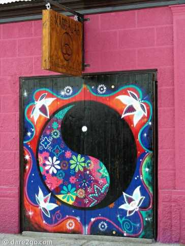 Vicuña: entrance door to Kabbalah business
