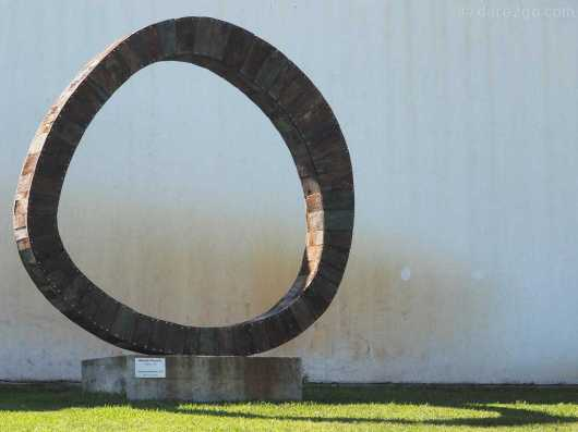 Catorce Orientales by Ricardo Pascale, 1999. On display in the sculpture park.
