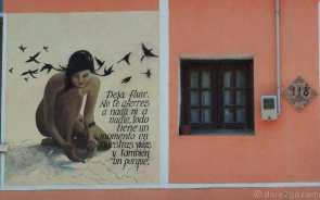 Mural with a spiritual quote, almost opposite the train station of 25 de Agosto