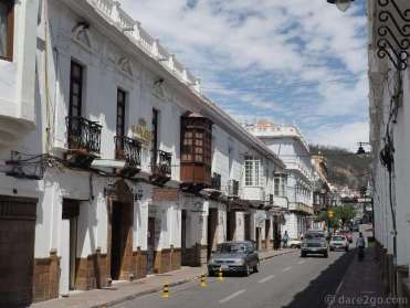 View up Calle Audencia Grau in Sucre towards the Plaza 25 de Mayo, also taken on a Sunday.