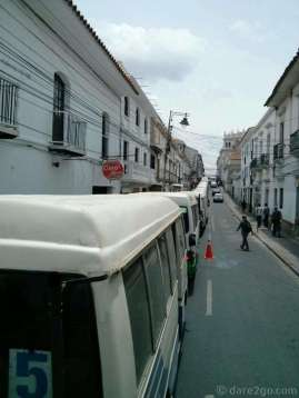 Every time we drove into Sucre we were stuck behind smelly micro buses and taxis, like here crawling along Calle Junín. I would never have expected that public transport could clog up a city so badly...
