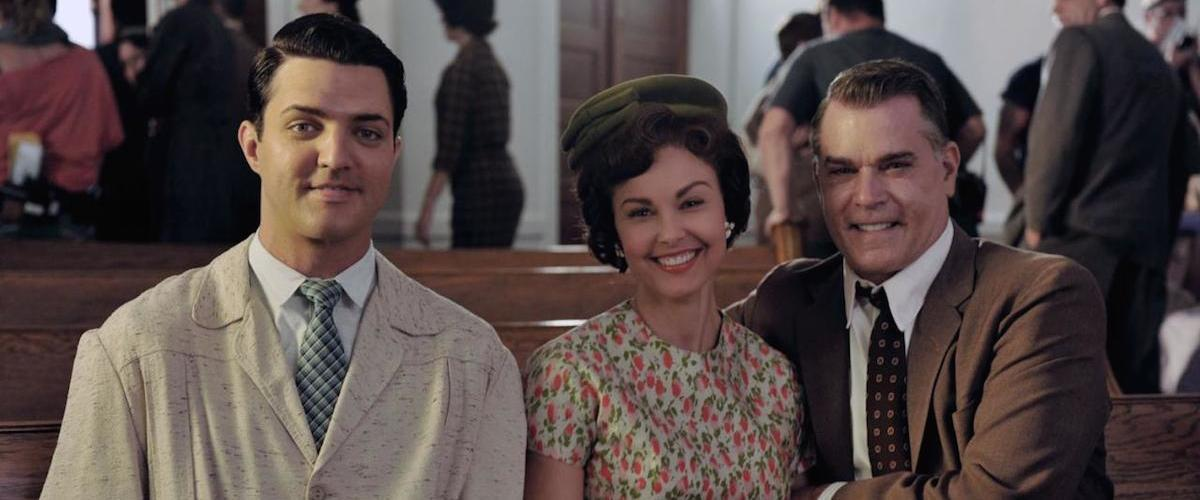Blake rayne, Ashley Judd and Ray Liotta in The Identical