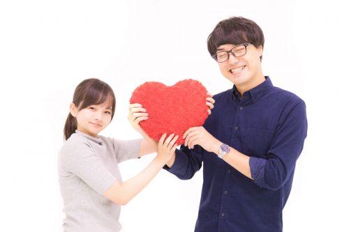 今どきの若者はドライ!?「バレンタインを意識しない」が10~20代男女の5割以上ってホント?