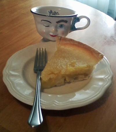 Pineapple-Pie-Slice-Yum
