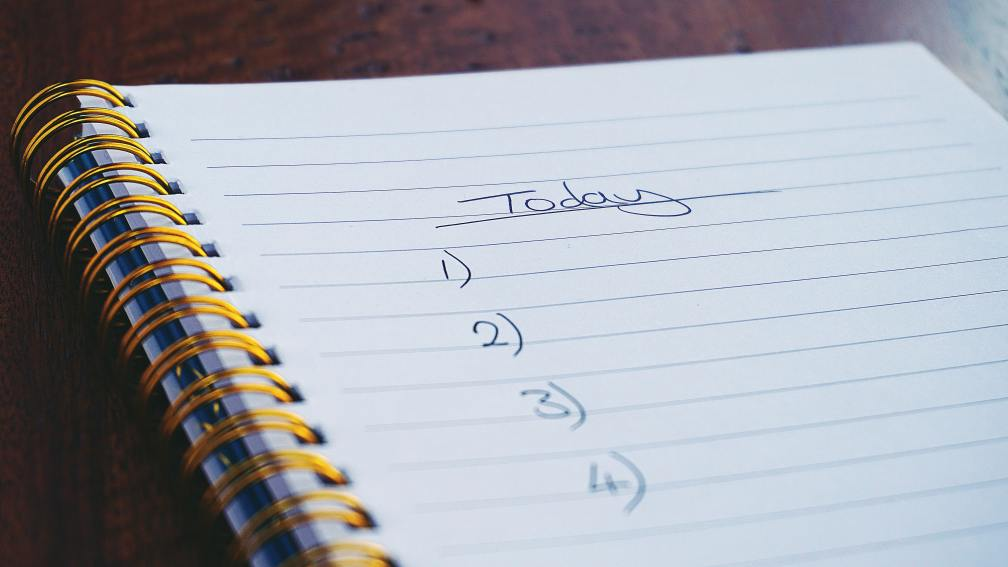 Close-up photo of handwritten to-do list. Image credit: Pexels