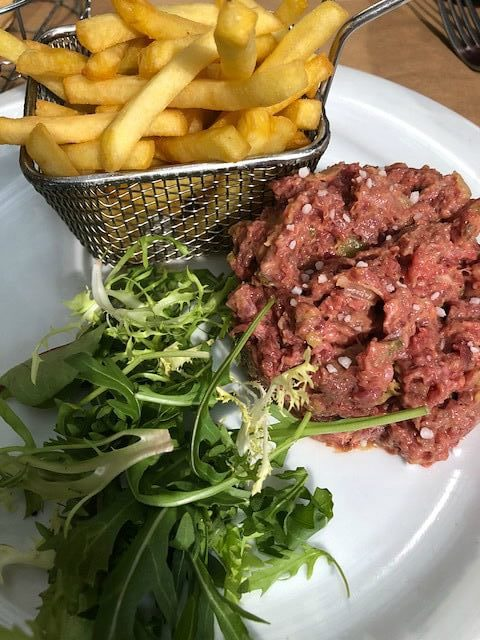 Steak tartare le Milos Nice e1525805163595 - Photo Diary | Citytrip naar Nice #1